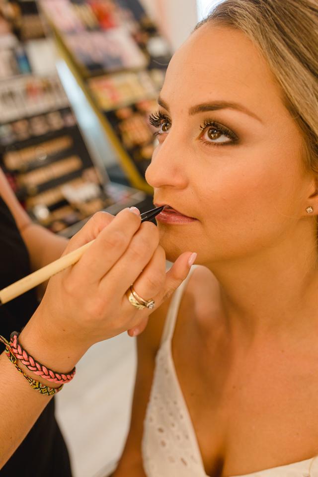 Brautstyling im Make up Artist Studio Angie begleitet als Getting Ready Shooting von Fotograf Markus Winkelbauer