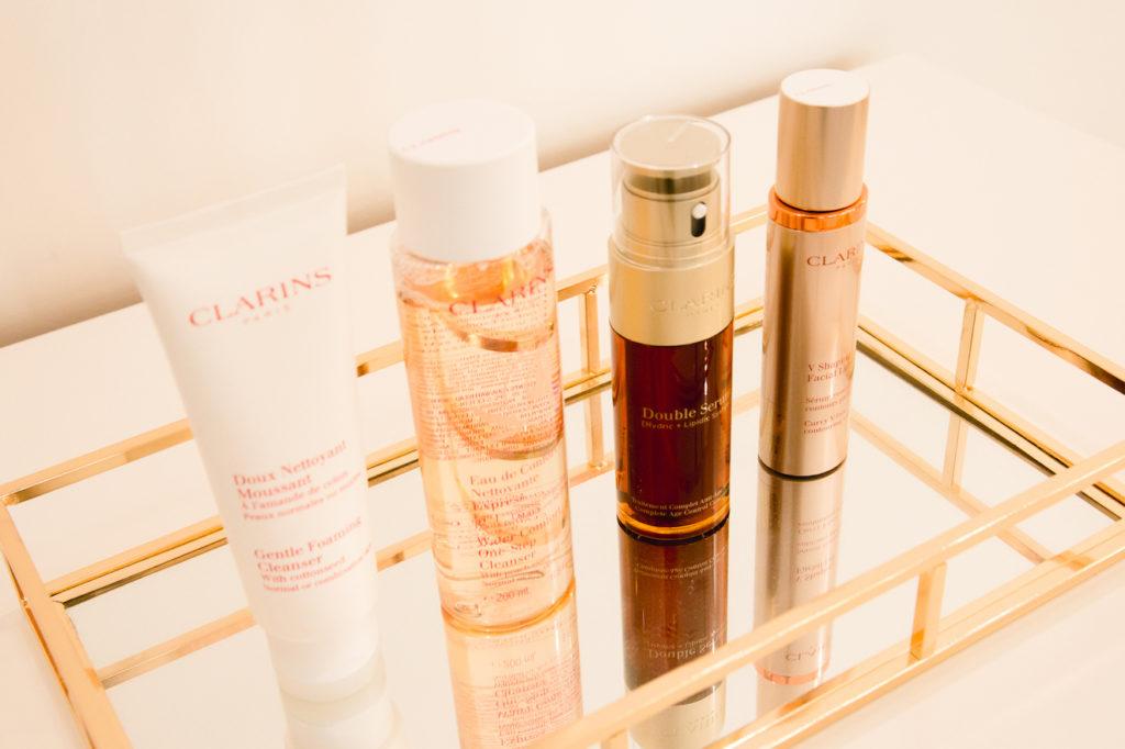Hochwertige Clarins Produkte im Make up Artist Studio Angie in Wien