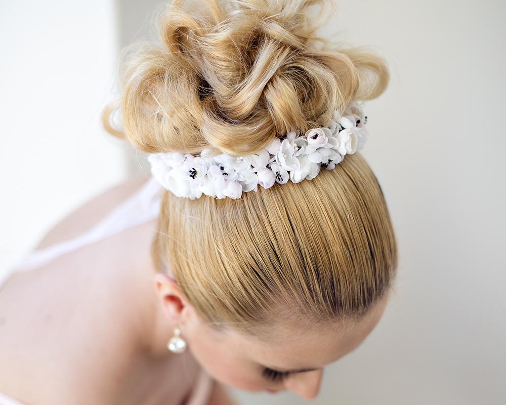 Braut-Hairstyling-gemacht-von-Make-up-Artist-Angie